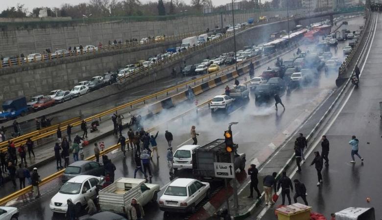 وكالة إيرانية: الاحتجاجات التي تشهدها البلاد أعنف من مظاهرات 2017