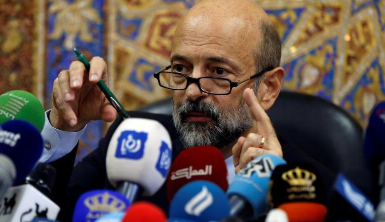 رئيس الوزراء الاردني  يعتذر للمعلمين المضربين عن العمل