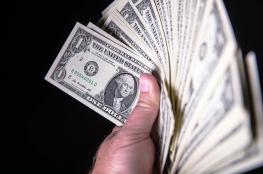 الدولار يهوي لأدنى مستوى له مقابل الشيقل منذ شهر ونصف