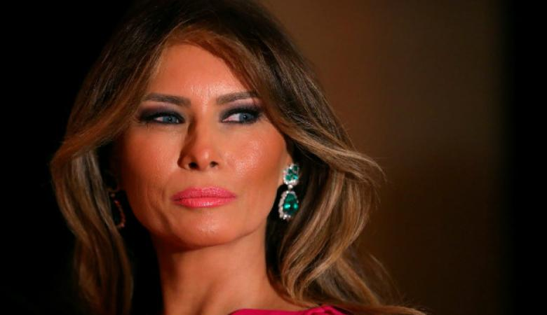 """هكر يخترق حسابات """"ميلانا """"  عبر فيسبوك وتويتر ويطلب منها تطليق """"ترامب """" والالتحاق به"""