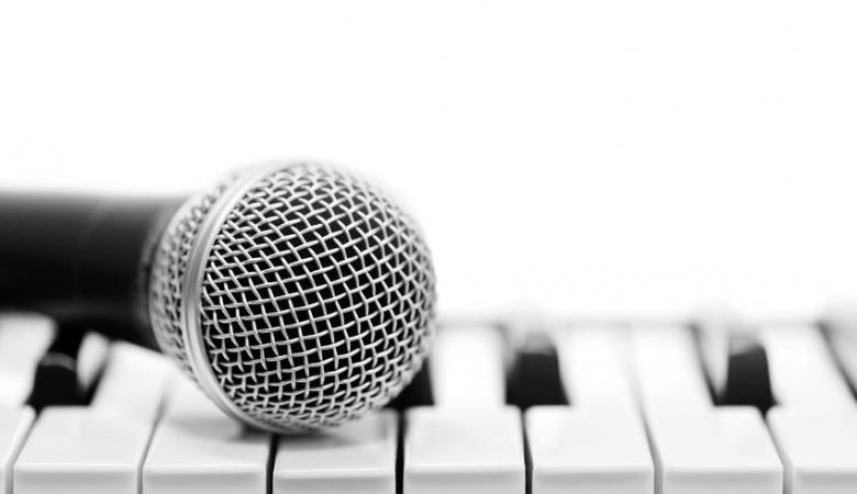 فتوى سعودية .. ما حكم الغناء بدون موسيقى؟