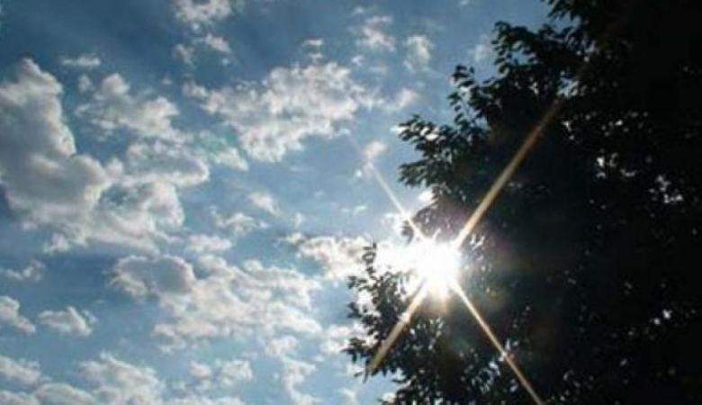 حالة الطقس: أجواء غائمة جزئيا وانخفاض آخر على درجات الحرارة