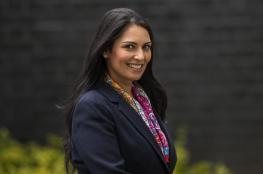 """مطالبات باستقالة  وزيرة بريطانية بعد """"لقاءات خاصة"""" في إسرائيل"""