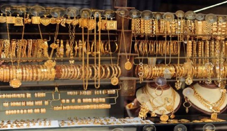 الذهب يرتفع بفضل الإقبال على الملاذات الآمنة