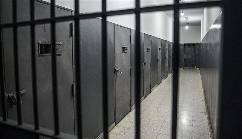 رام  الله : 3 سنوات وغرامة 5 آلاف دينار بحق تاجر مخدرات