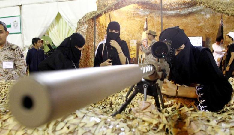 الجيش السعودي يفتح باب التجنيد امام النساء