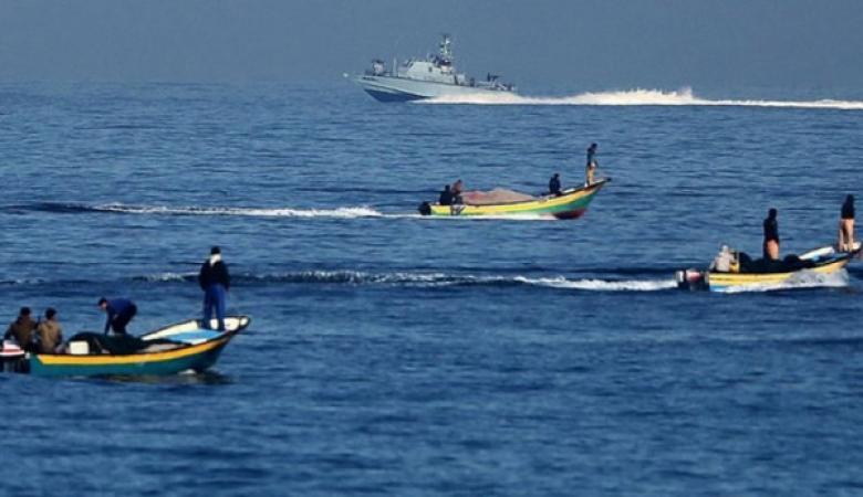 الاحتلال يُعيد توسيع مساحة الصيد ببحر غزة إلى 15 ميلاً