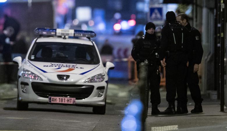 فرنسا تعلن إحباط هوجماً إرهابياً باستخدام مواد متفجرة وغاز سام خطير