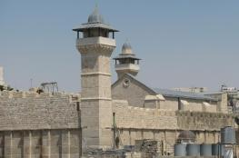 """الاحتلال منع  رفع الاذان """" 51 """" مرة في الحرم الابراهيمي الشريف  خلال الشهر الماضي"""