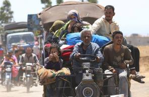150 الف سوري يهربون من المعارك المشتعلة في درعا جنوب سوريا