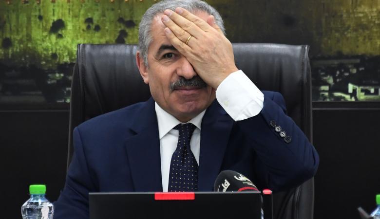 اشتيه يتضامن مع الصحفي معاذ العمارنة ويوجه رسالة له