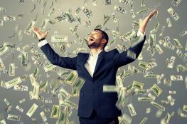 في الواقع المال يشتري السعادة.. إذا أنفقته بـ 4 طرق