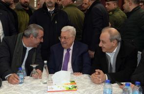 الرئيس محمود عباس يتفقد مركز الاقتراع لانتخابات لجنة اقليم حركة فتح في محافظة رام الله والبيرة