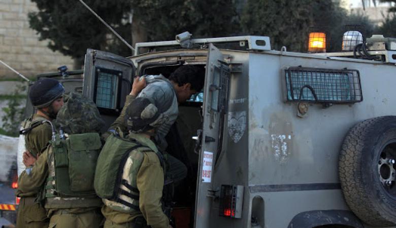 الاحتلال يعتقل شابا من مخيم عايدة شمال بيت لحم