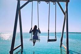 """عروسان عربيان في شهر عسل """"بلا نهاية"""" في """"المالديف"""""""