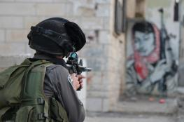 الاحتلال يقتحم عمارة سكنية وينصب على اسطحها القناصة في جنين