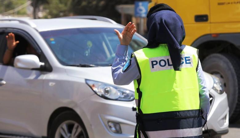 الشرطة تنشر عناصر نسائية في شوارع بيت لحم لضبط الحالة المرورية وتسهيل حركة المواطنين