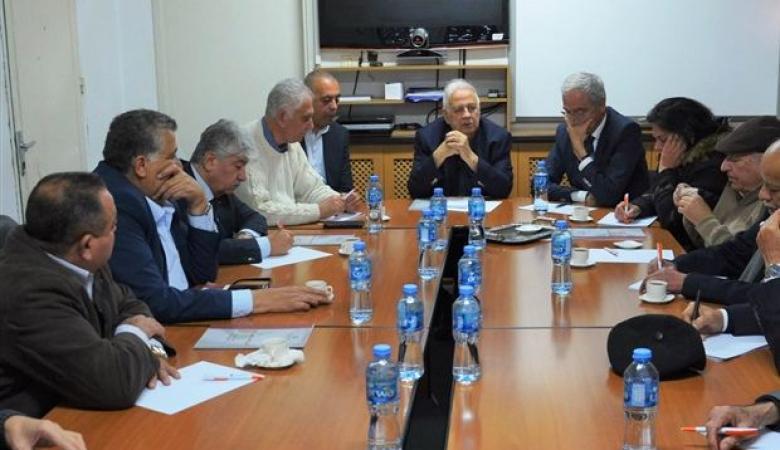 لجنة الانتخابات تجتمع بممثلي الفصائل في الضفة الغربية