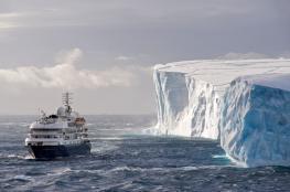 تصدع جليدي ضخم يُجبر العلماء على إخلاء محطة أبحاث القطب الجنوبي