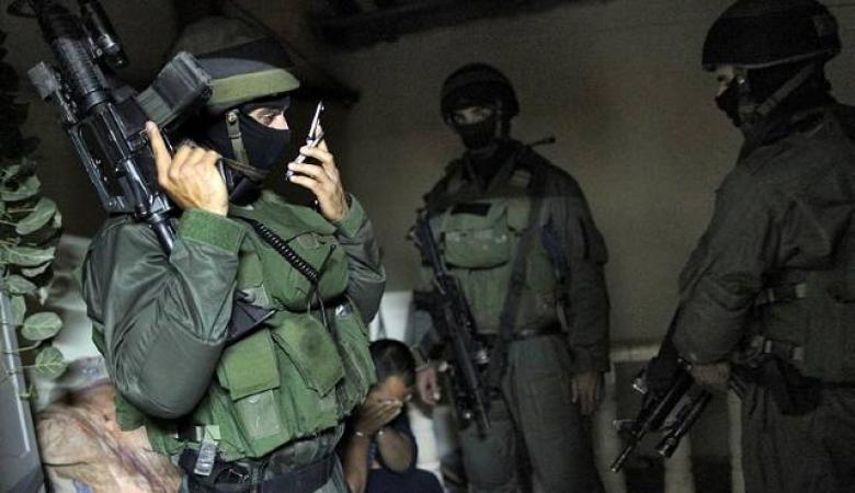 ليبرمان : اعتقلنا منفذ عملية الطعن على حاجز حوارة