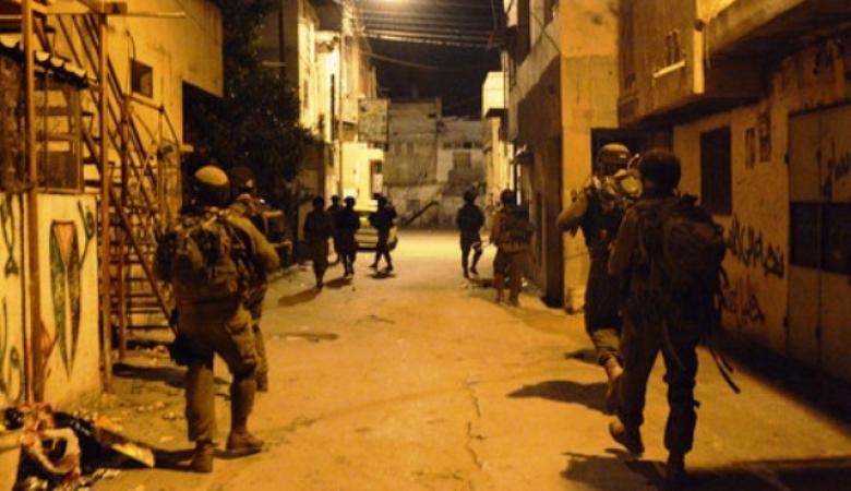 الاحتلال يشن حملة اعتقالات في سلفيت وطولكرم