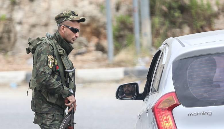 محافظ الخليل والشرطة: التزام عال المستوى من الأهالي بالإجراءات الصحية