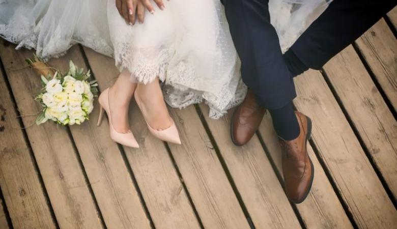 النهوة العشائرية تحول حياة عروس في ليلة زفافها الى جحيم