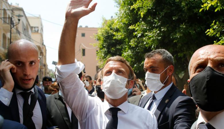 آلاف اللبنانيين يوقعون على عريضة تطالب بعودة الحكم الفرنسي