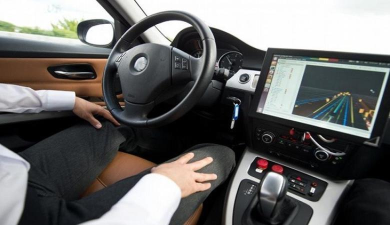 ايران تصنع أول نظام تحكم ذاتي بالسيارات