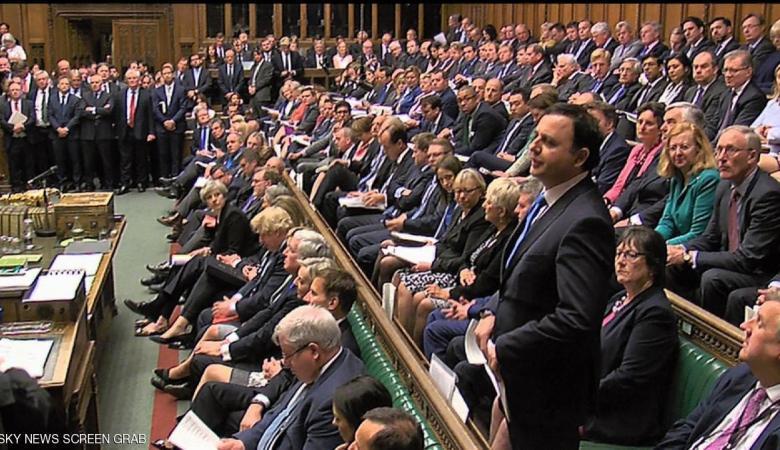 البرلمان البريطاني يوافق على الانتخابات المبكرة