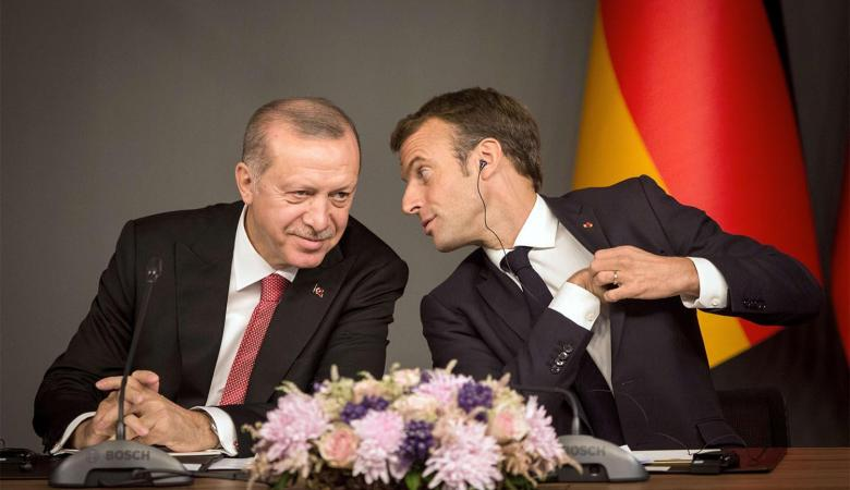تركيا تشن هجوما على فرنسا وتطالبها بالحديث بعقلانية