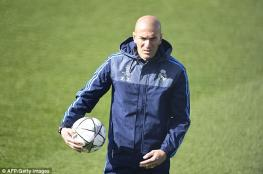 زيدان يطلب التعاقد مع مهاجم ريال مدريد السابق