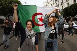 الجزائريون يواصلون التظاهر ضد الانتخابات الرئاسية للجمعة الـ37
