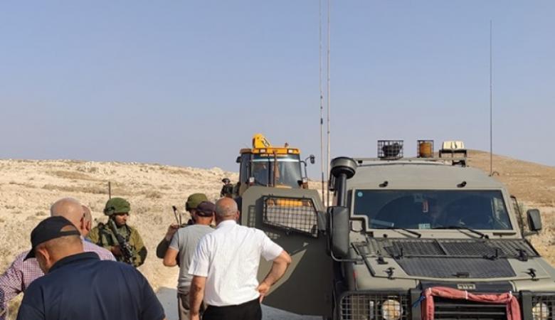 الاحتلال يعتدي على رئيس وعدد من أعضاء بلدية تقوع