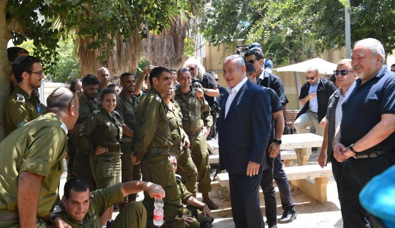ليبرمان ونتنياهو : مستعدون لدخول حرب مع غزة