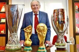 وفاة النحات الإيطالي الذي  صمم مجسم كأس العالم