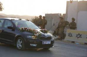 العرس الفلسطيني في بلدة بيت عوا جنوب الخليل ما بين حاجزين للاحتلال الاسرائيلي