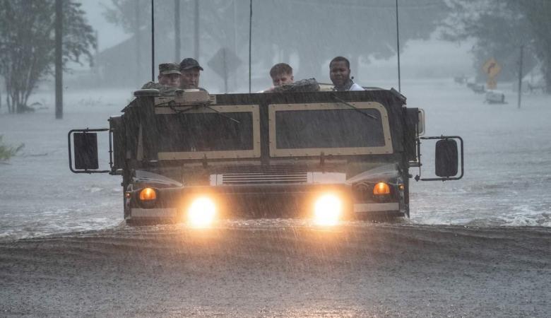 الإعصار فلورنس يدمر ولايتين أمريكيتين