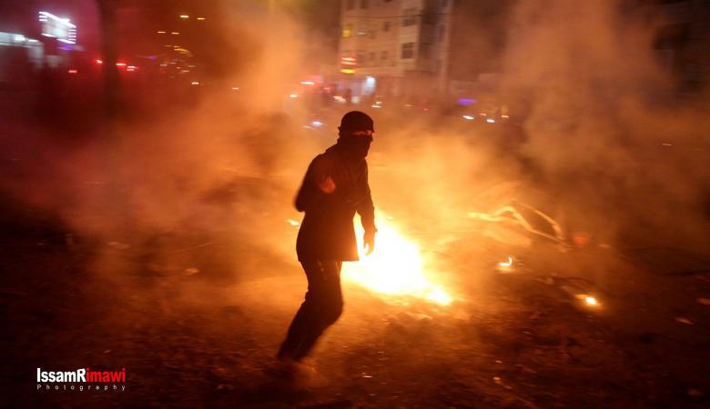 اصابات في مواجهات عنيفة على حاجز قلنديا
