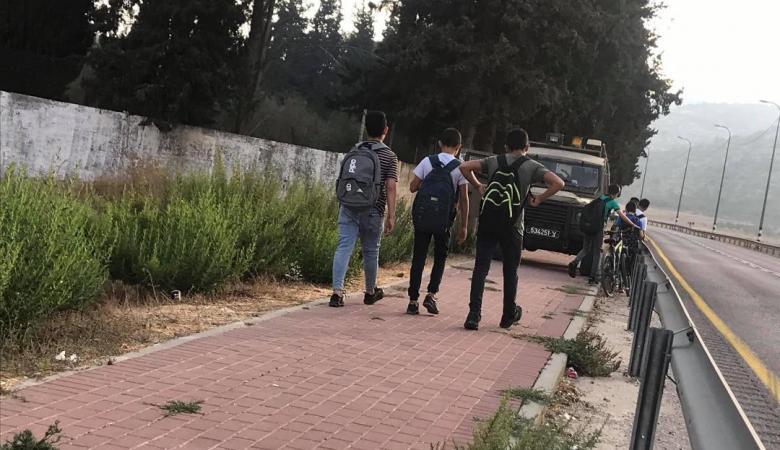 الاحتلال يعيق وصول طلبة اللبن الشرقية إلى مدارسهم
