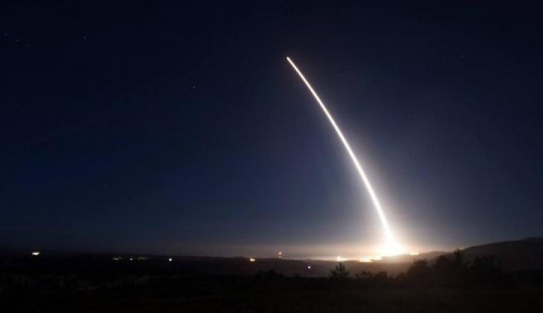 الدفاعات الجوية السعودية تسقط صاروخاً باليستياً اطلق من اليمن