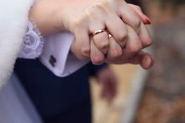 دراسة تكشف الزوجة التي تقصر العمر