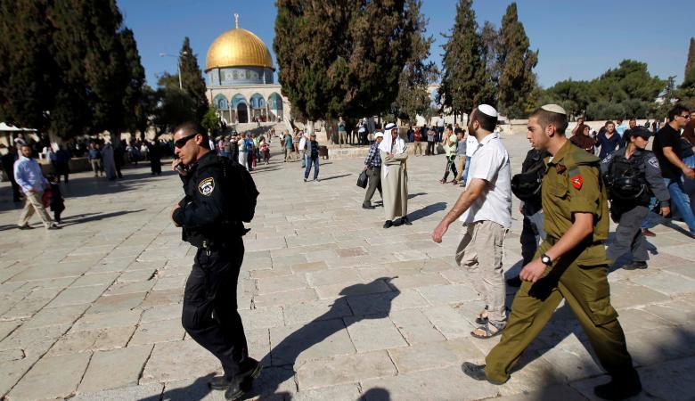 مستوطنون ينفذون اقتحامات استفزازية جديدة للمسجد الأقصى