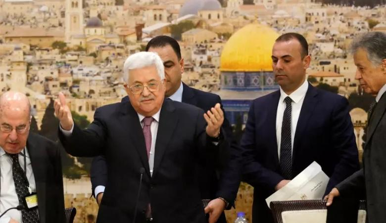 """الرئيس : فلسطين تقف بجانب السعودية في مواجهة الاعتداء """"الاجرامي والخطير """""""