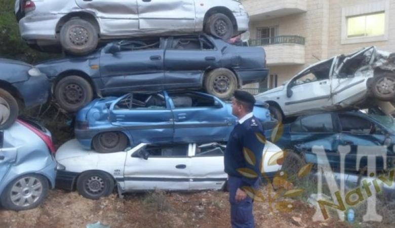 الشرطة تتلف 160 مركبة غير قانونية في بيت لحم
