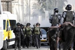 الاحتلال يعتقل سبعة شبان في العيسوية