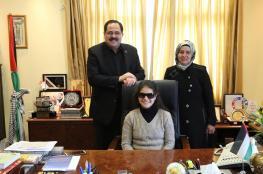 صيدم يستقبل الطالبة الكفيفة المبدعة أميرة أبو عرقوب