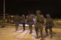 اعتقالات بمداهمات إسرائيلية ليلية بالضفة والقدس