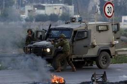 الاحتلال يغلق حاجز حوارة جنوب نابلس بالسواتر الترابية