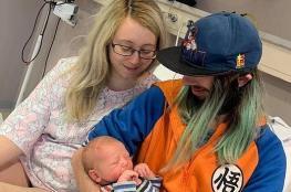 بريطانية تعلم بحملها قبل ساعة فقط من ولادتها
